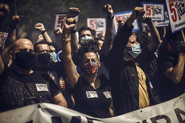 Trabajadores de Nissan protestan ante el consulado japonés el pasado 18 de junio. Foto: Europa Press.