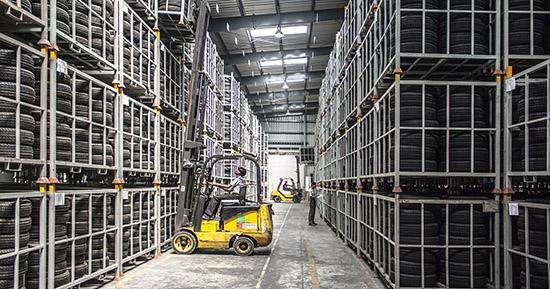 Las empresas quieren que el almacenaje y suministro de productos sea a prueba de contagios.