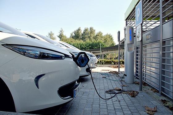 El sector de la movilidad eléctrica espera la aprobación del Moves para recuperarse, tras los últimos dos meses a la baja en ventas. Foto: Pixabay.com.