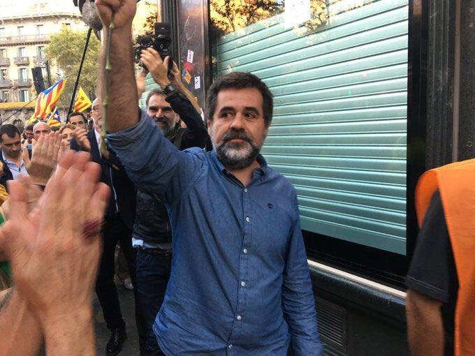 Jordi Sánchez el 27 de septiembre de 2017, a las puertas de la Conselleria de Economia.