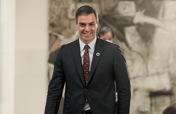 Pedro Sánchez, presidente del Gobierno, a su llegada a la presentación del Plan de Ayuda al Turismo. Foto: Europa Press.