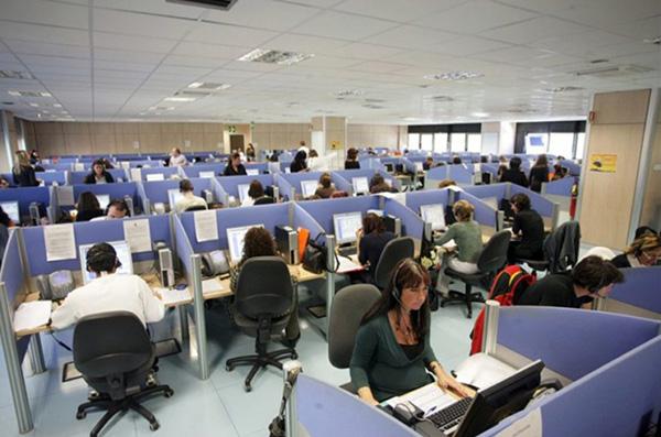 Comdata, antes Digitex, piensa despedir a 169 personas de sus sedes de Viladecans y Esplugues. Foto: CGT.