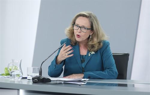 La ministra de Economía y vicepresidenta, Nadia Calviño.
