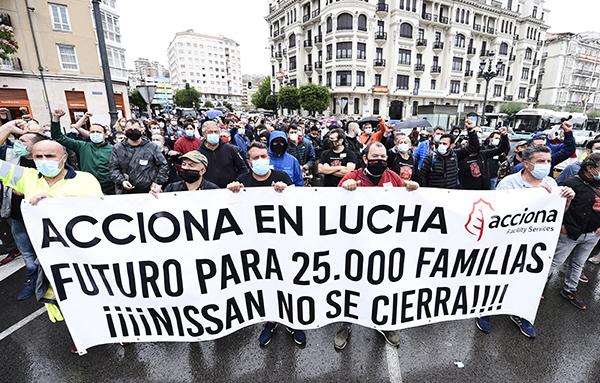 El cierre de la planta de Zona Franca dejaría en la calle a 500 trabajadores de Acciona. Foto: Europa Press.