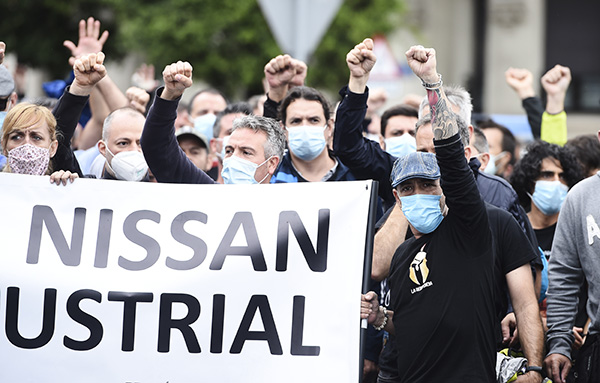 Trabajadores de Nissan Barcelona durante la manifestación convocada en Santander (Cantabria) el 2 de julio. Foto: Europa Press.