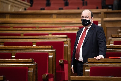 Miquel Iceta en el Parlament (Europa Press).