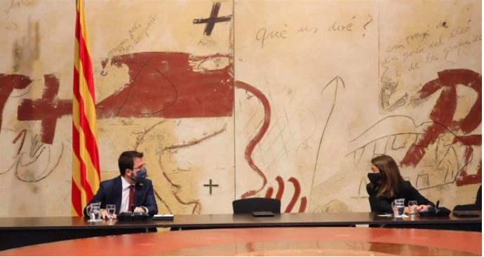 El vicepresidente del Govern, Pere Aragonès, y la consellera de Presidencia, Meritxell Budó