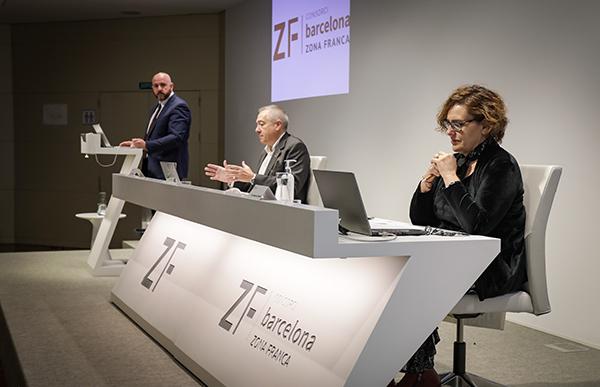 De izquierda a derecha: Ángel Tarriño, Pere Navarro y Montserrat Ballarín. Foto: el Consorci.