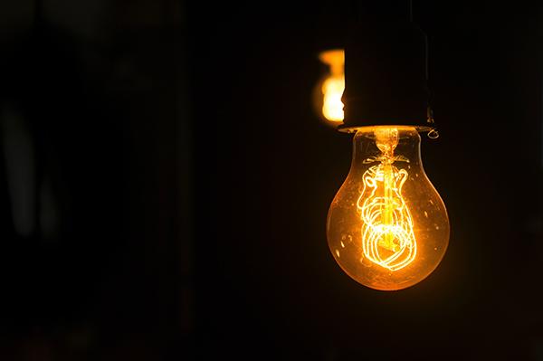 La factura de la luz sigue aumentando y ya es la segunda más cara en la historia del país Foto: Pexels.