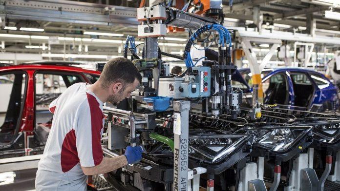 Los problemas de suministro de semiconductores son la causa del ERTE en SEAT.