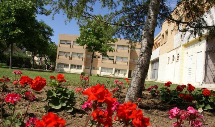 Vista del patio del Institut Les Salines, en el Prat de Llobregat. Foto: Institut Les Salines.