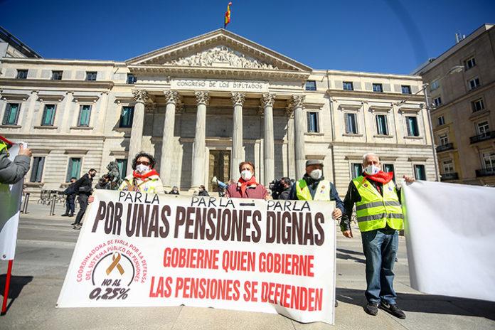 Manifestación por unas pensiones dignas el pasado 20 de marzo. Foto: Europa Press.