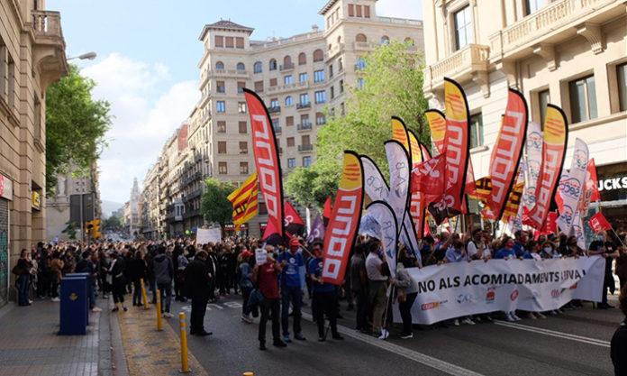 Concentración de trabajadores del BBVA en Via Laietana. Foto: CCOO.