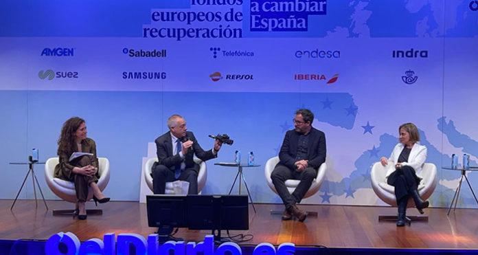 Pere Navarro, delegado del Estado en el Consorci, durante el debate organizado por El Diario.es
