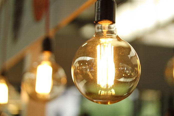 Se confirman los peores pronósticos y el recibo de la luz se dispara en junio. Foto: Pexels.