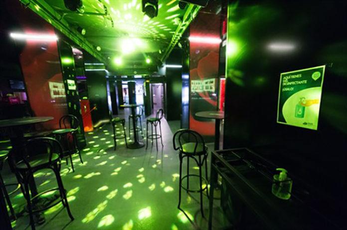 Imagen de una pista de baile vacía. Foto: Europa Press.